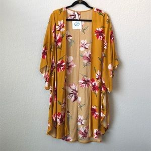 🎊 HP💃NWT Mustard Floral Long Open Cardigan.